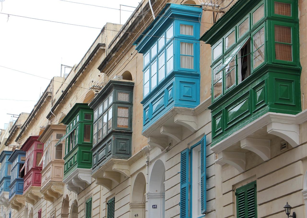 Malta houses